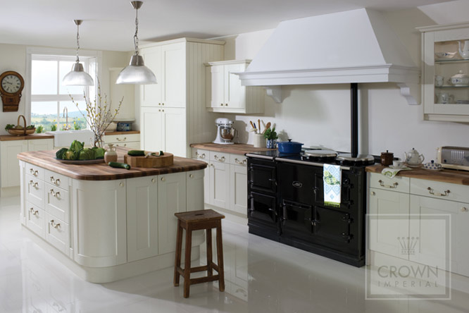 Midsomer Oyster Crown Traditional Kitchens