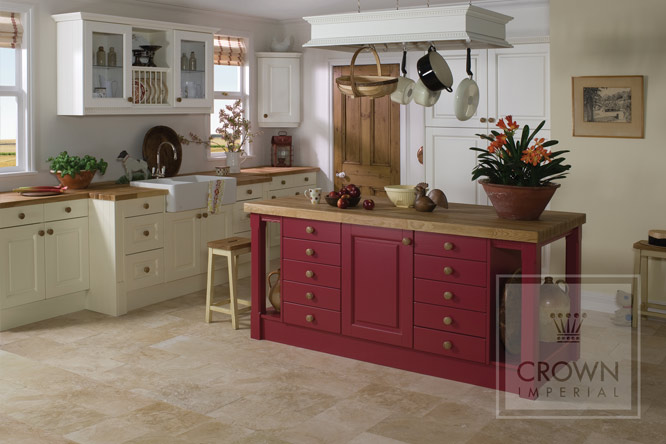 TRadtional Ashton Crown Premium - Tytherleigh Kitchens and Bathrooms
